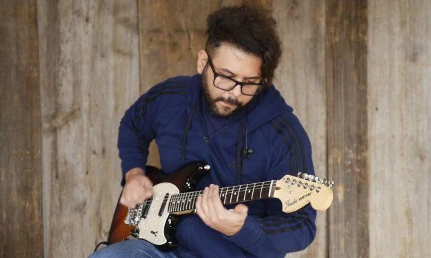 Fender American Performer Mustang | Elderly Instruments