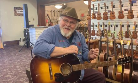 Bob Lucas discusses the Farida OT-22 | Elderly Instruments