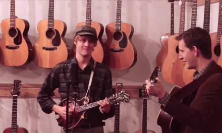 Watson's Blues – Chris Eldridge & Dominick Leslie Live at Retrofret Vintage Guitars