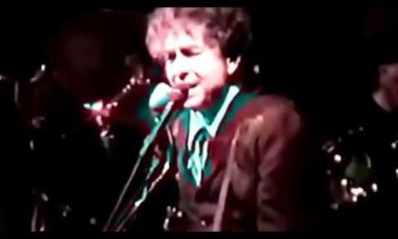 "Bob Dylan ""SYLVIO"" The Best Live Version. Bob's Guitar Skills up Close. Awesome."