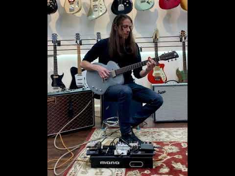 """Tao Guitars Disco Volante """"Ando"""""""