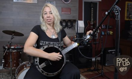 Pick It Up: Using Banjo Tuners for Bending Notes w/ Mean Mary | Elderly.com