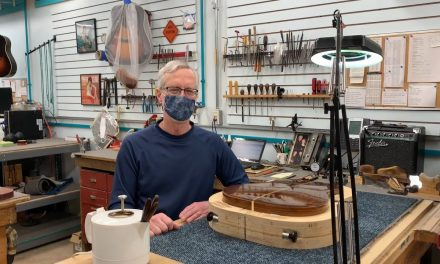 In The Shop: Separating the back from a 1970 Martin D-28 | Elderly.com