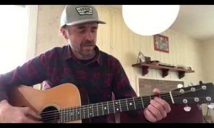 Lick of the Day: 12-Bar Blues with Joe VanAcker | Elderly Instruments