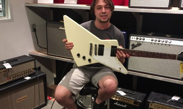 Riff With Cliff-Gibson Explorer 2012