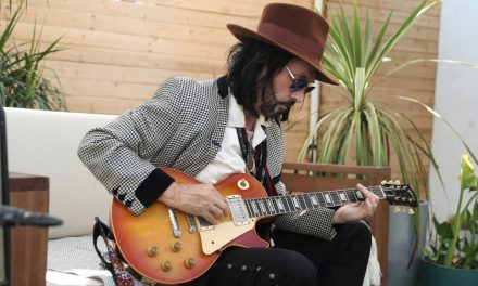 Mike Campbell   Desert Island Guitars & The Dirty Knobs
